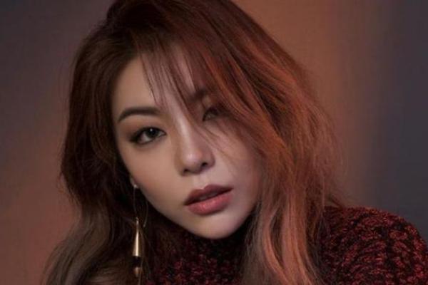 Penyanyi Solo Wanita Korea