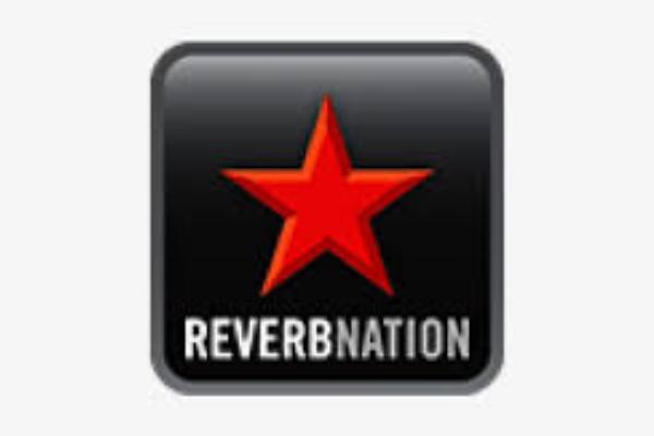 Aplikasi-Musik-Online